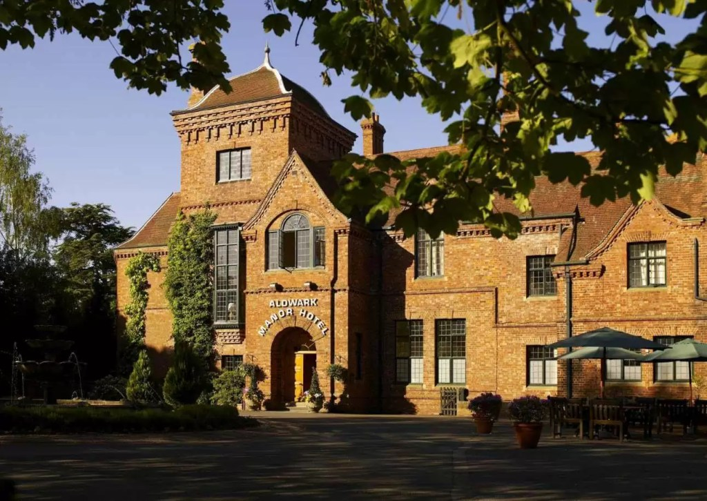UK – Aldwark Manor Golf And Spa Hotel Golf Holiday & Golf Break Offers