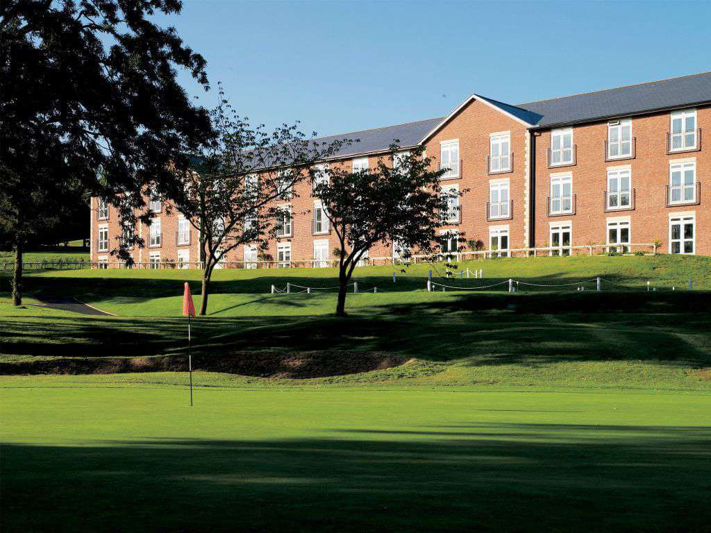 UK – Macdonald Hill Valley Golf Holiday & Golf Break Offers