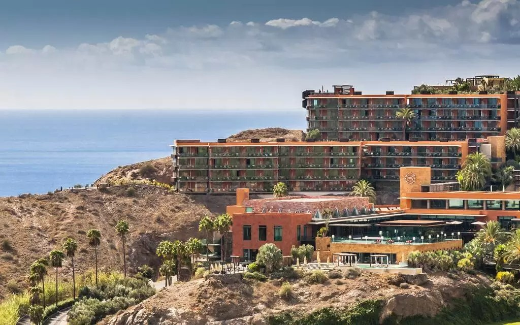 GRAN CANARIA – 5* Sheraton Gran Canaria Salobre Golf Resort – Unlimited Golf Week Offer