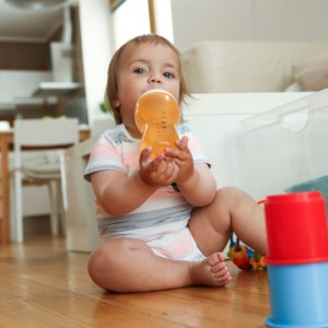 baby bottle causes tooth decay