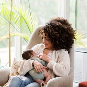breastfeeding moms