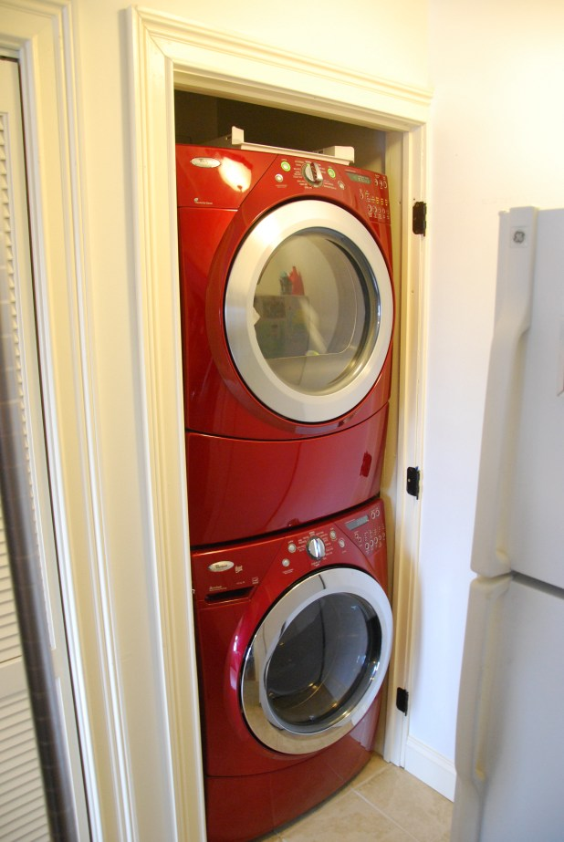 Emejing Apartment Stacked Washer Dryer Images - Home Ideas Design ...