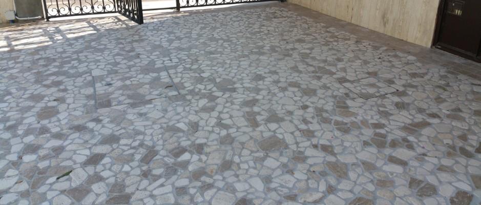 Pavimento In Palladiana Marmo Travertino classico e