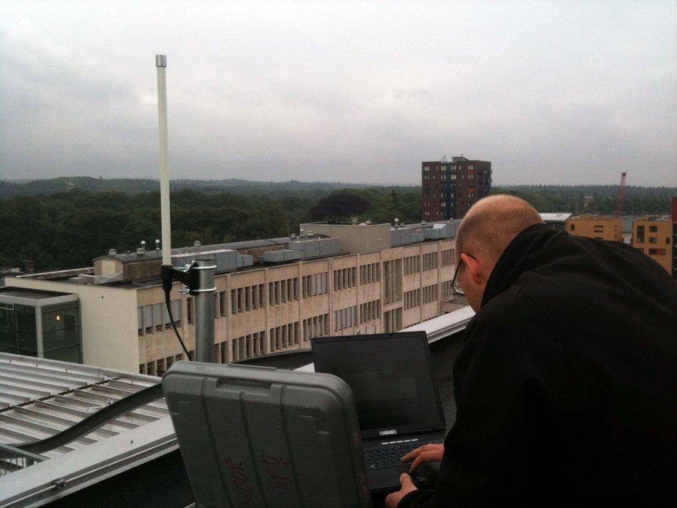 Resultado de imagen para ads-b installation roof