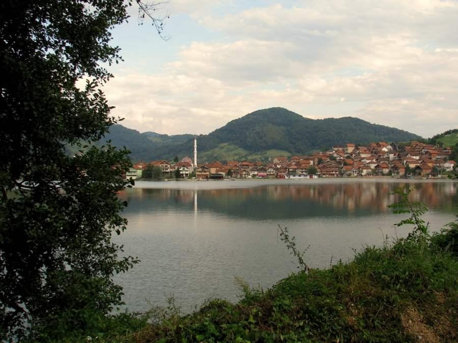 Srbija: IZDAŠNA PRIRODA DUŽ REKE (14)