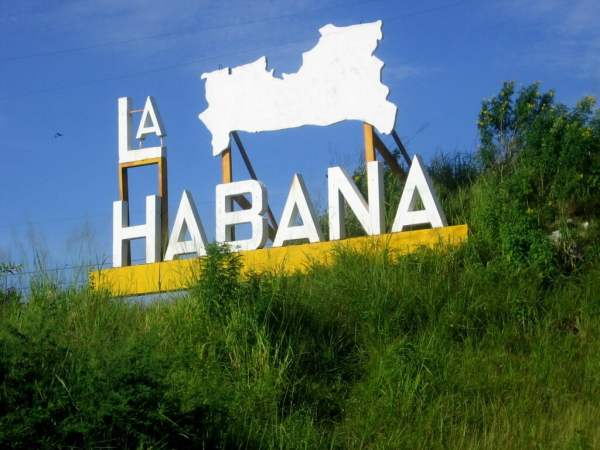 Cuba-travel-Havana-Glimpses-of-The-World