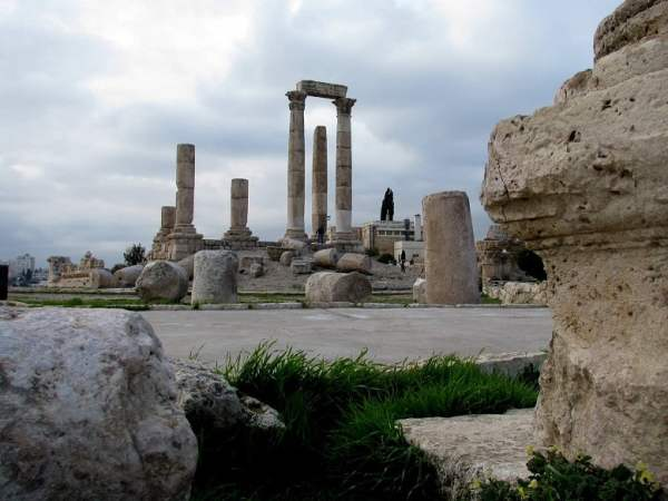 Jordan-travel-Amman-Glimpses-of-The-World