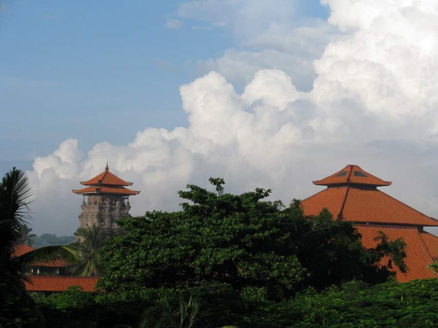 Bali Indonesia: PERFECT WEATHER (2)