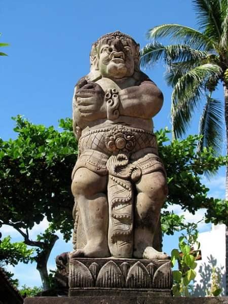 Bali-island-statues-Glimpses-of-The-World
