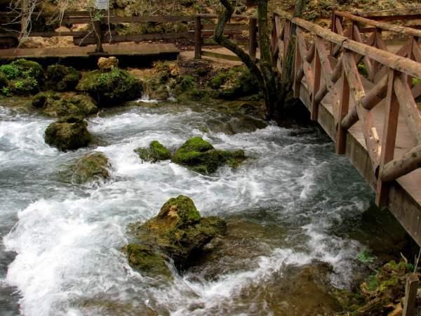 Serbia-travel-Despotovac-Veliki-buk-Glimpses-of-The-World