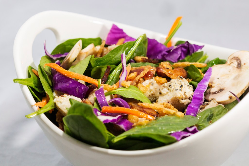 Spinach chicken Salad with lemon garlic vinaigrette