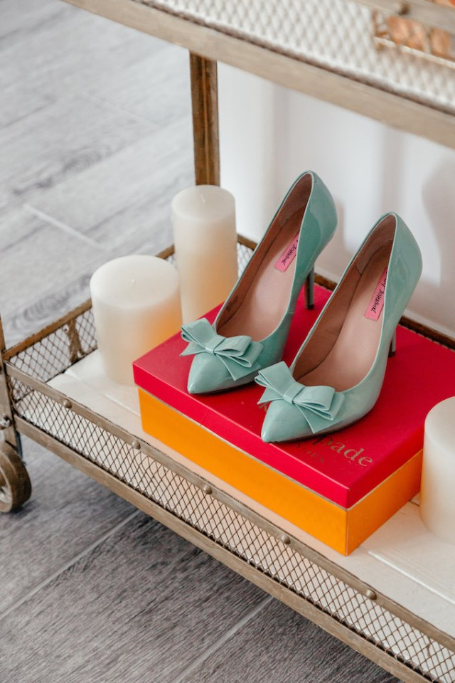 Feminine Bar Cart Ideas, How to Show off Shoes in Apartment