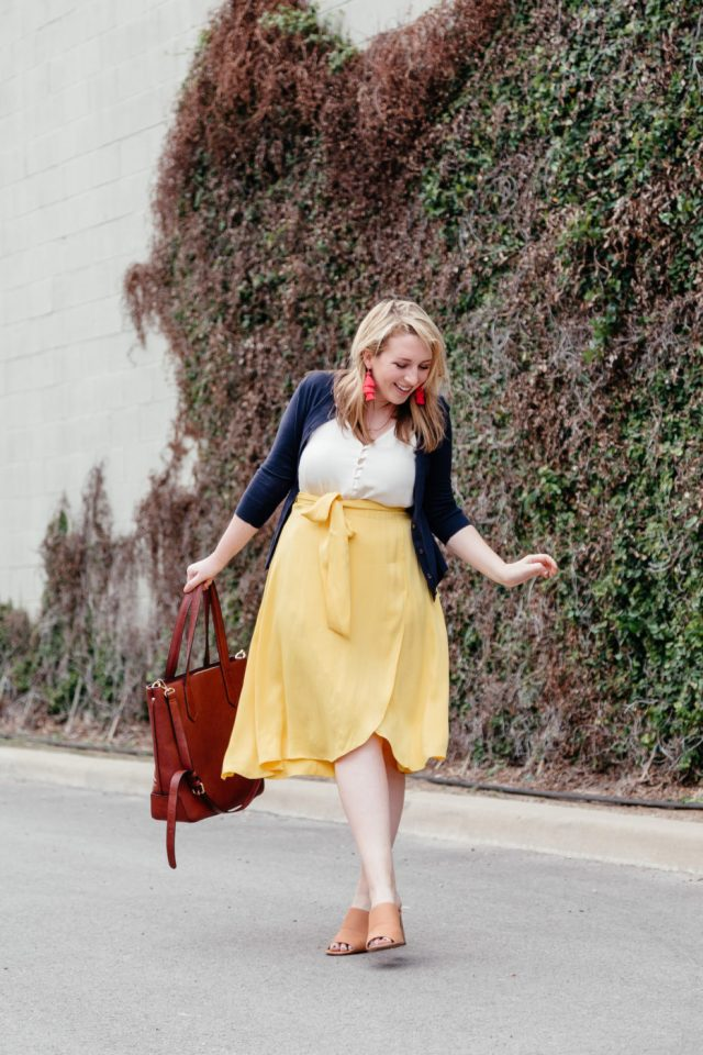 Office-Friendly Summer Style | Summer Style Tips | What to Wear to Work this Summer via Dallas feminine fashion blogger, Glitter & Spice