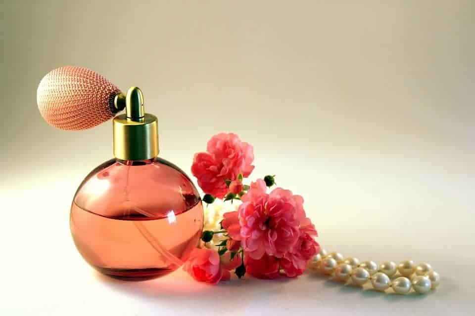 7 simple ways to give yourself a new look in 2018 wear perfume