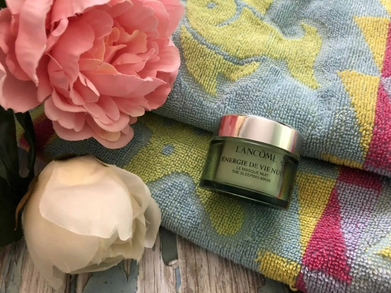 How my winter skincare routine can help with dry skin lancome energie de vie sleeping mask