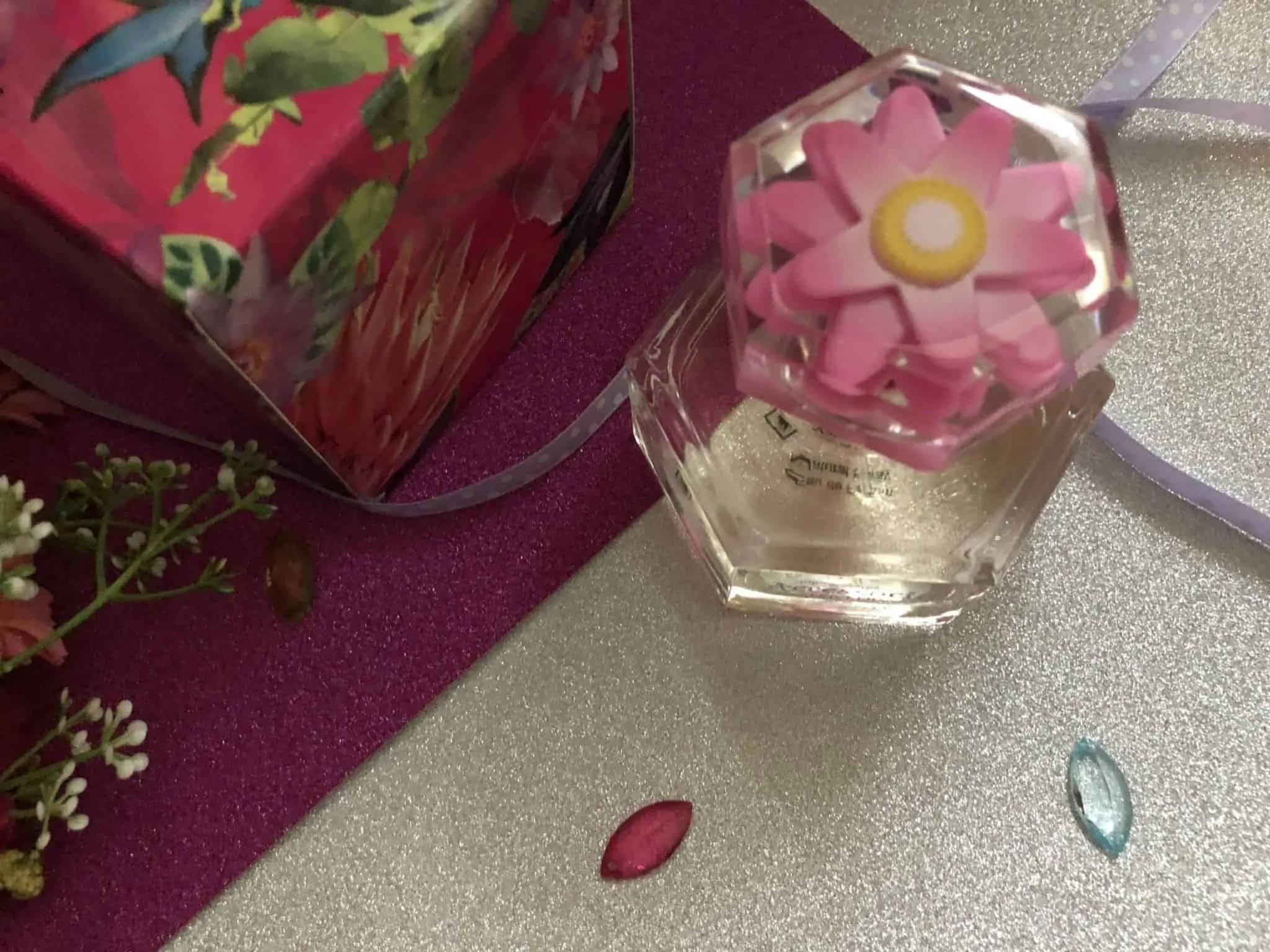 accessorize lovelily perfume decorative lid