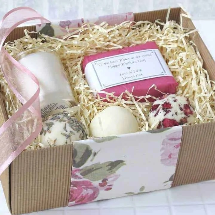 mothers day gift guide jewellery and beauty lovely soap company personalised mothers day pampering kit