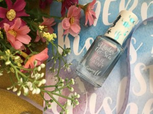 barry m under the sea nail varnish in butterflyfish