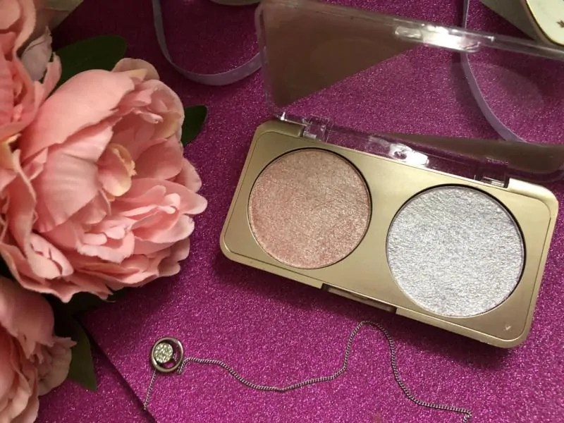 mua luxe light lustre in lavish highlighter