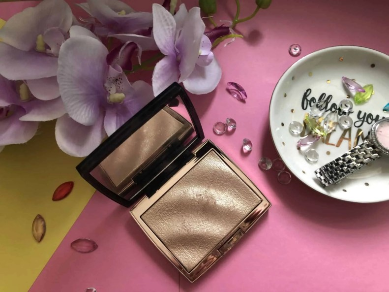 3 beauty products im loving this summer anastasia beverly hills amrezy highlighter