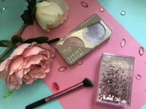 everyday summer makeup routine mua light lustre highlighter