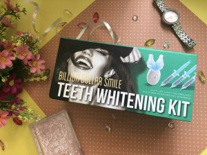 Discover if Billion Dollar Smile blue light can give you whiter teeth