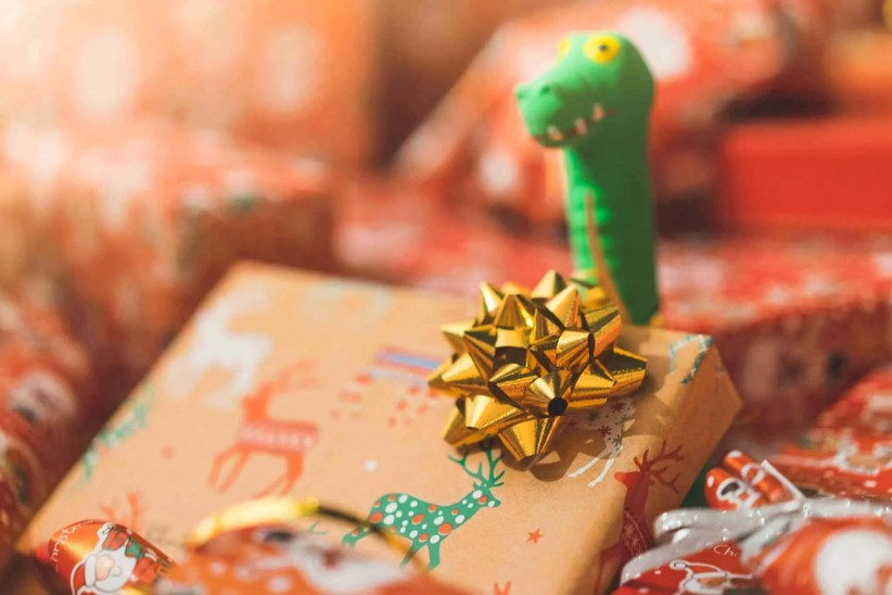 Where to buy cheap Christmas gifts if you're shopping on a budget 1