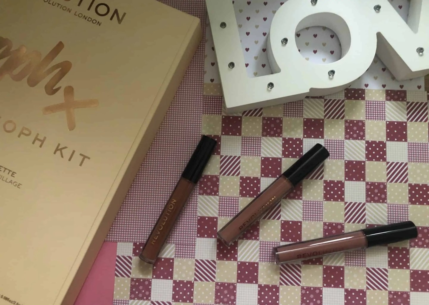Win Revolution Totally Soph kit revolution lip glosses