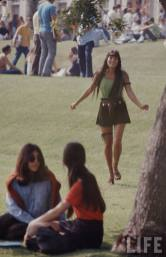 Cool Photos of High School Fashion In 1969