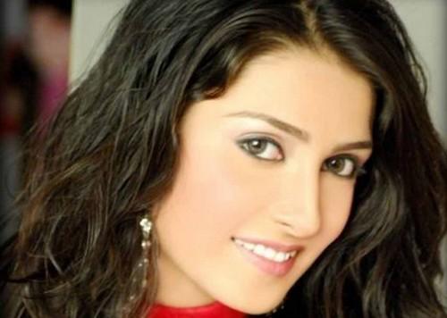 Aiza Khan Most Beautiful Actresses of Pakistan TVs