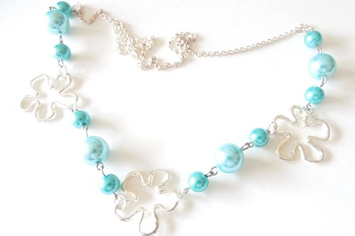 Pearls and Flowers Fantasy Design Necklace