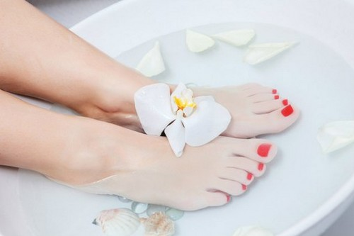 home remedies for dry cracked heels