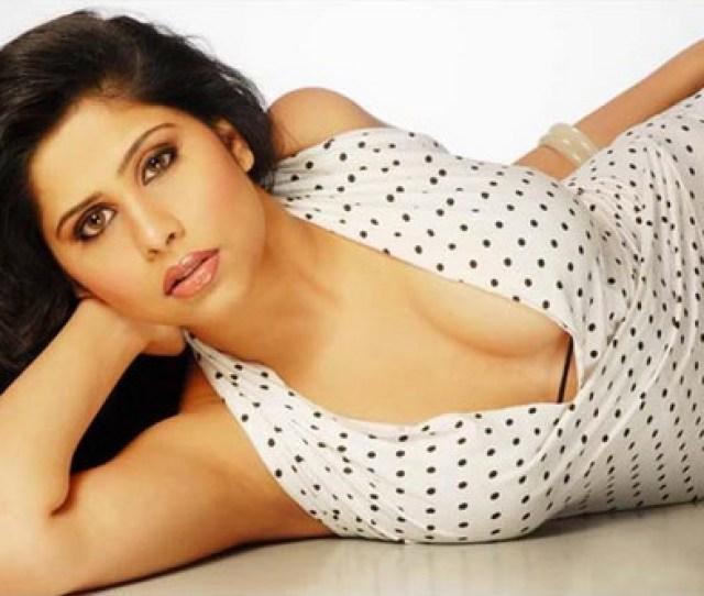 Sai Tamhankar Hot Bikini