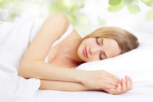 10 Ways to Fall Asleep Easily