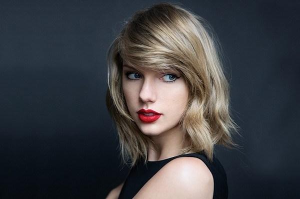 Taylor-Swift-Beautiful-Singer 2018