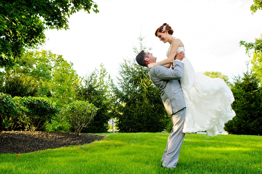 Fun and relaxed NJ wedding photos
