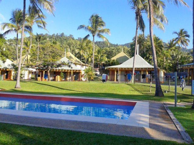 airlie beach australia hostel