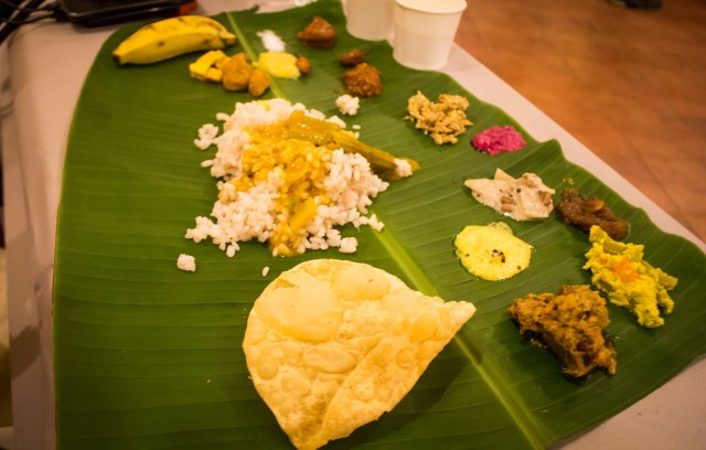 Try eating this tatsy traditional kerala meal on a banana leaf with your hands