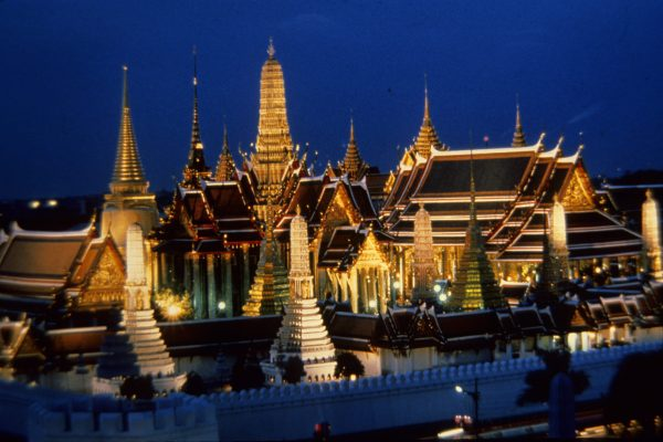Bangkok's Grand Palace at night