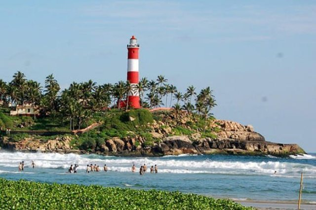 The beach and lighthouse at Kovalam
