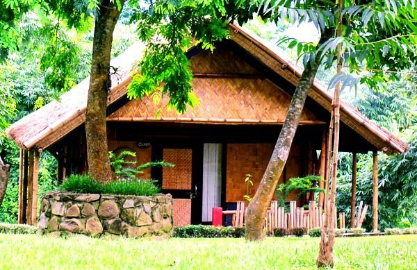 Jupuri Ghar - cute bamboo cottages near Kaziranga National Park in Assam