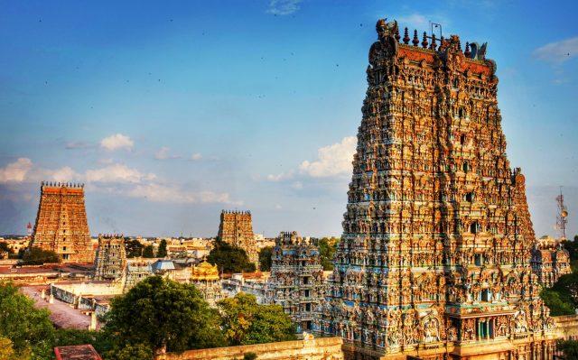 Meenakashi Temple in Madurai, Tamil Nadu