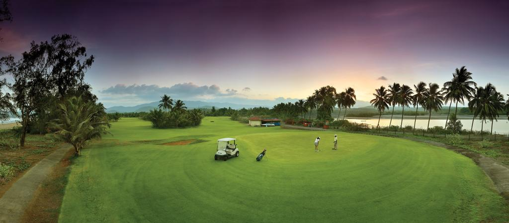 some of the best luxury hotels in goa even have golf courses