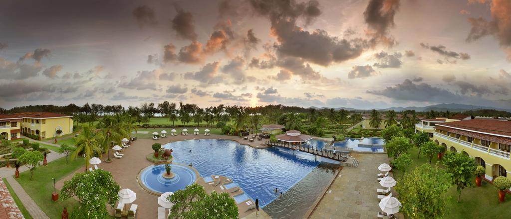 one of the top luxury hotels in goa is the lalit