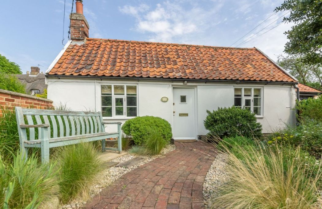 myrtle cottage holiday cottages in suffolk