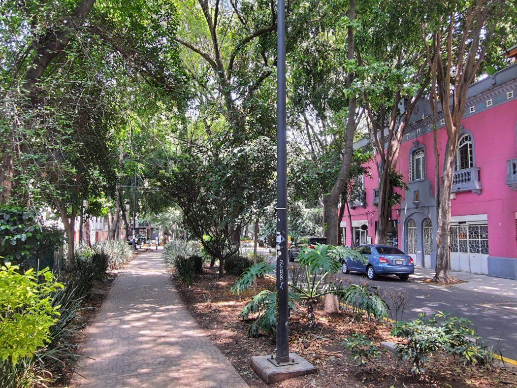 Ave Amsterdam, La Condesa, Mexico City