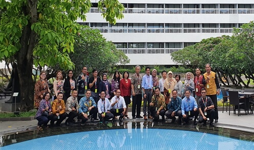 The training was participated by 23 migration stakeholders from West Java Manpower Office, Department of Education, Cooperative and Small Medium Enterprise Office, migration centers, technical vocational schools, banks, migrant organizations and NGOs.