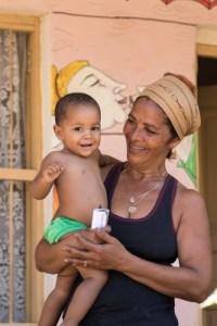 Cuba Mom Child (267x400)
