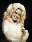 dolly parton holding a kitten