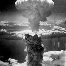 Nuclear Mushroom cloud over Nagasaki Photo: Charles Levy